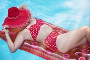 Sklep z kostiumami kąpielowymi o dużych rozmiarach