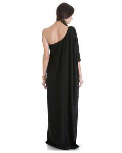 Gdzie nosić długie czarne sukienki?