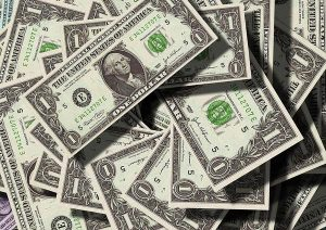 Gdzie wymienić dolary?