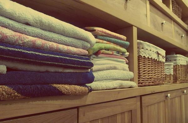 Eleganckie i pojemne szafy